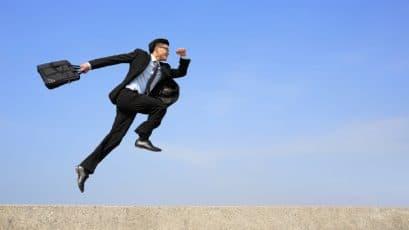 Cambiare lavoro come capire se è il momento giusto per svignarsela