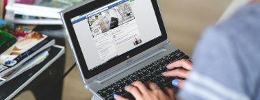 Creare il profilo perfetto per trovare lavoro con Facebook
