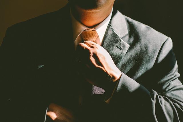 cravatta lavoro