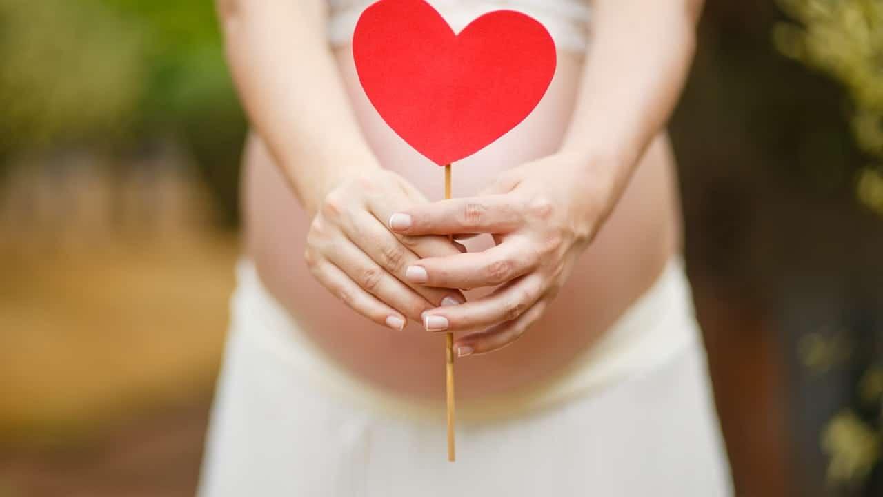 Annunciare la gravidanza ai colleghi