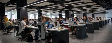 """Se l'open space abbassa la produttività: i consigli per lavorare in uffici """"aperti"""""""