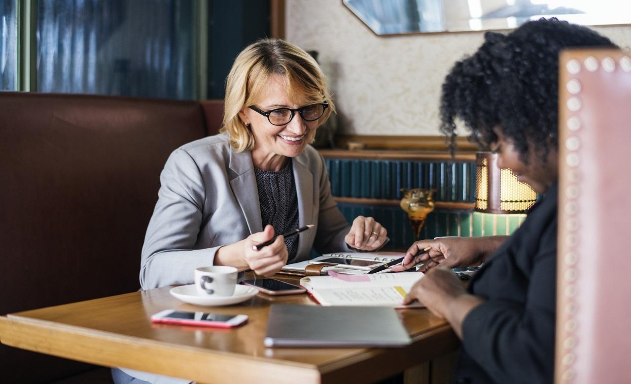 Alcuni consigli utili ai professionisti delle risorse umane per improntare una successione aziendale di successo.