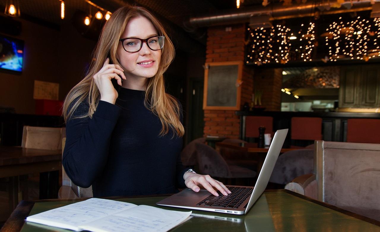Imparate a conoscere il vostro target e a mantenere privacy e professionalità. Più altri suggerimenti che trovate nell'articolo