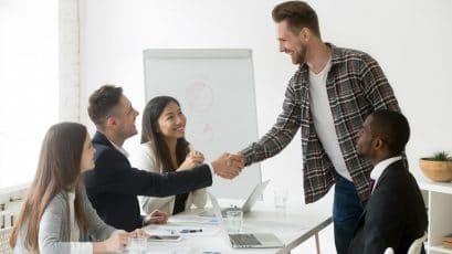 come prepararsi ad affrontare un nuovo ambiente di lavoro: la gestione delle emozioni, la sicurezza in se stessi, le capacità da sviluppare.